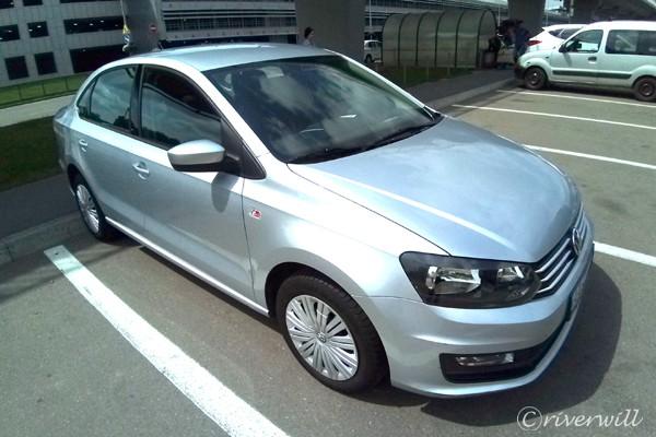ウクライナ Ukraine レンタカー Rental Car Volks wagen POLO